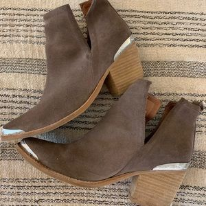 Jeffrey Campbell western style boots